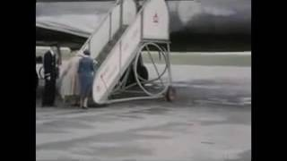 Marilyn Monroe Extremely Rare Color Footage   On Crutches In Canada 1953