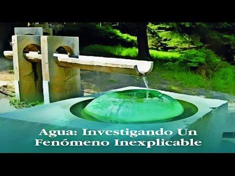 Agua: Investigando Un Fénomeno Inexplicable [By Manfred Christ]