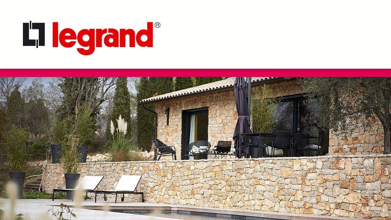 Découvrez une maison en domotique Legrand MyHOME et finition Céliane sur la  côte d\'Azur