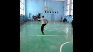 Урок физры В Кромской средней школе