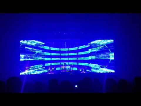 2017 LA Electronica Tour (1080p). Michel Jarre featuring Oxygen 3.