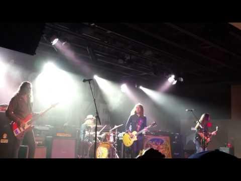 Blackberry Smoke - Up In Smoke.. Blue Ocean Music Hall Salisbury Beach, MA 5-29-17