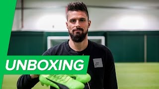 Olivier Giroud's new favourite boot - unboxing the new PUMA evoPOWER Vigor