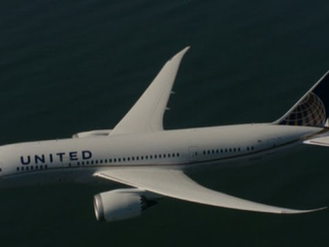Watch: United Airlines CEO talks commercial merger, Boeing Dreamliner