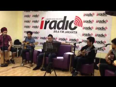 SamSonS ( Di Ujung Jalan - Live Acoustic Version )