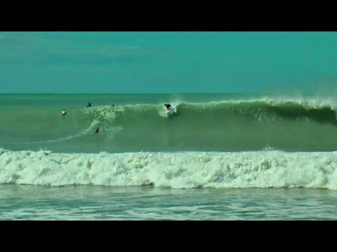 Cyclone Pam Surfing Langs Beach