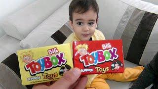 Buğra Marketten Toybox Sürpriz Oyuncak Aldı