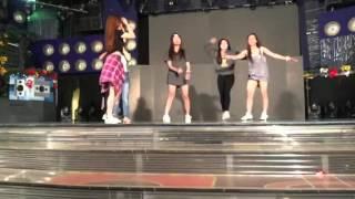 Showtime dancers