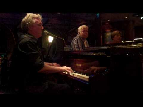 """Mike McCabe playing """"Born To Be Wild"""" in the Schooner Bar on the Adventure of the Seas cruise ship"""