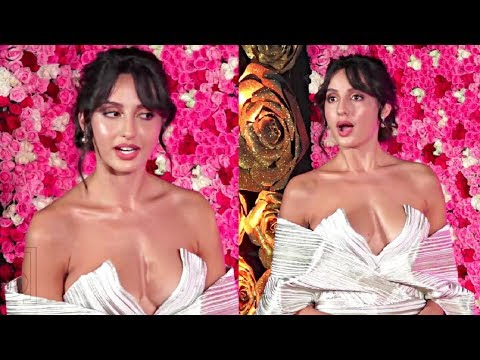 Nora Fatehi Hot In Low Neck White Dress At Lux Golden Rose Awards 2018 thumbnail