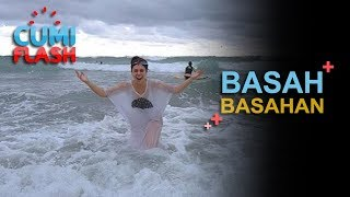 Download Video Basah-basahan, Pakaian Wulan Guritno Tembus Pandang - CumiFlash 09 Januari 2018 MP3 3GP MP4