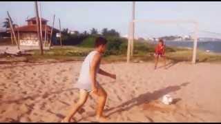 Pelada no campo de areia 2
