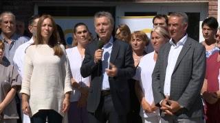 El presidente Mauricio Macri recorre el Hospital Bernardo Houssay del PAMI en Mar del Plata.
