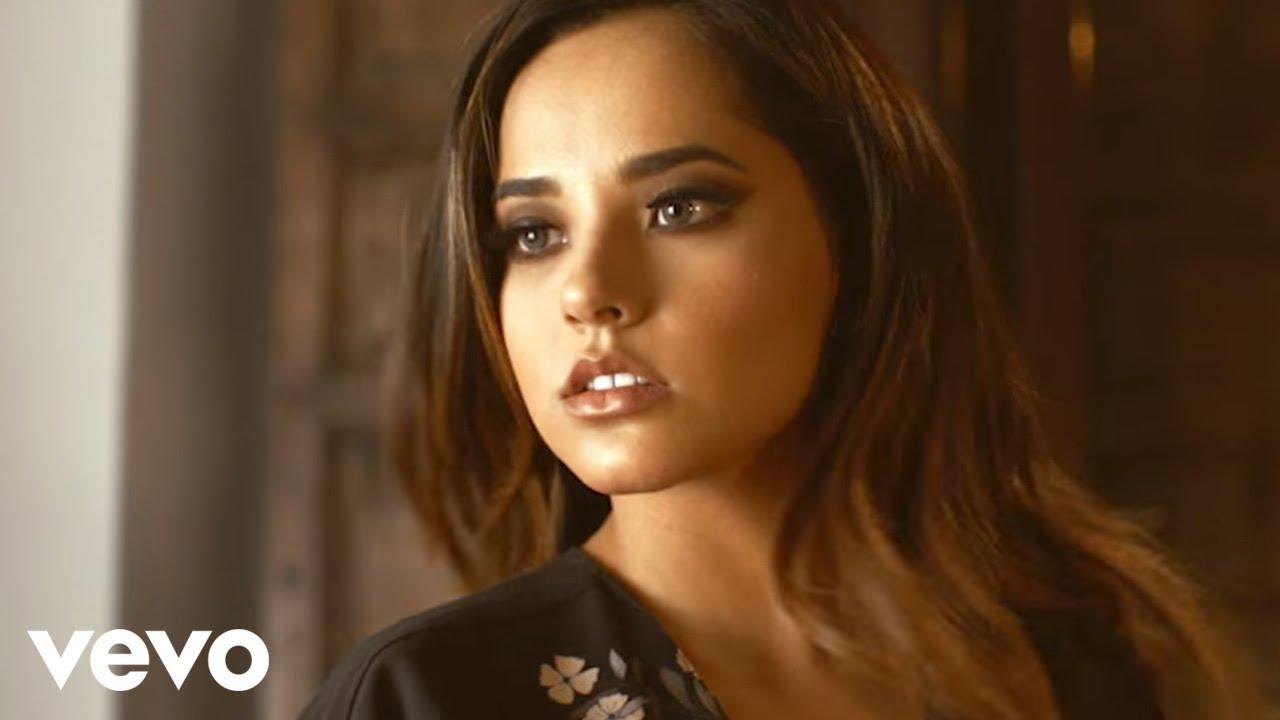 Becky G - Todo Cambio (Official Music Video)