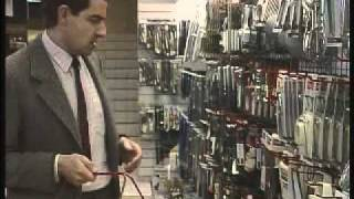 Repeat youtube video The Return of Mr. Bean - Part 1/3 - The Department Store
