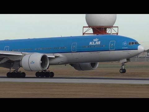 White Nose! KLM 777-206ER [PH-BQB] Landing at Calgary Airport ᴴᴰ
