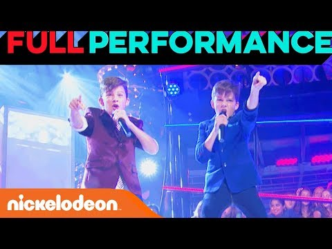 "Kolbe & Max Perform ""What Makes You Beautiful"" by One Direction 💖 