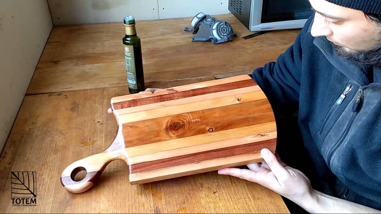 Aplicaci n de aceite en tabla de picar madera nativa - Como hacer una tabla para picar de madera ...