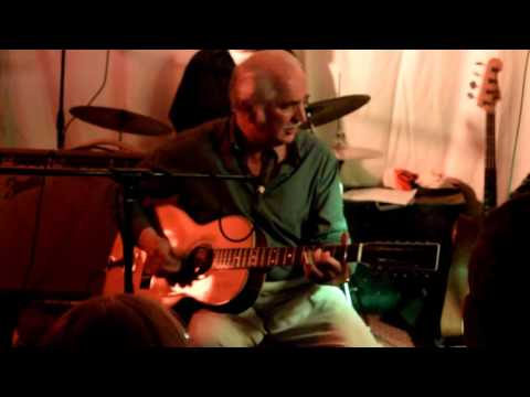 Steve Philips at Roots 25 09 2015