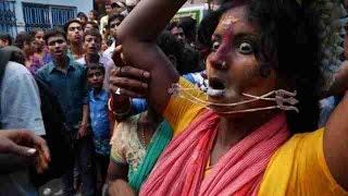 Celebran el Vel Festival en honor a la diosa hindú Maha Mariamman