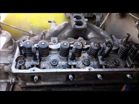 почему стучит двигатель уаз