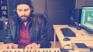 نعم انته محمد سالم ع عزف بيانو شاهد لايفوتك..لاتنشو اقرو الوصف