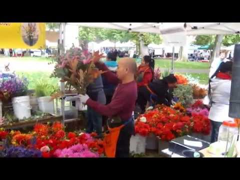 Flowers Galore at Portland's Saturday Farmers Market