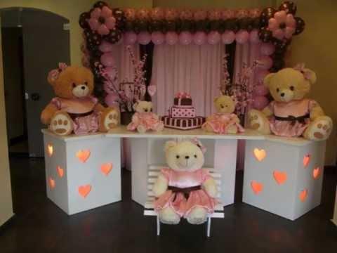 Decoração clean ursos rosa e marrom.