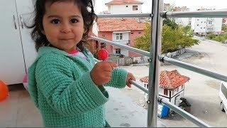 Ayşe Ebrar Şekerini Balkondan Aşağı Düşürdü Çok Üzüldü Ağladı | For Kids Video