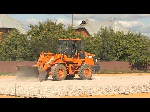 В Мичуринском районе строят современный пришкольный стадион