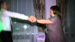 Зажигательный танец зятя и тещи на свадьбе в Чернигове 2013 (живой вокал)