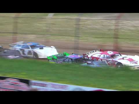 July 21, 2018 Dog Hollow Speedway - Video 1- Heat Race Only. No Features due to Rain.