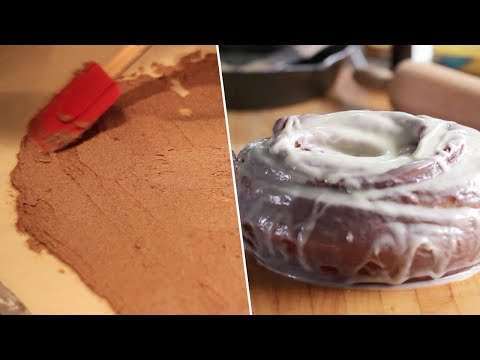 GIANT Cinnamon Roll Review- Buzzfeed Test #96
