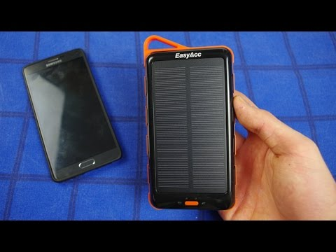 EasyAcc® 15000mAh Solar Power Bank Review !