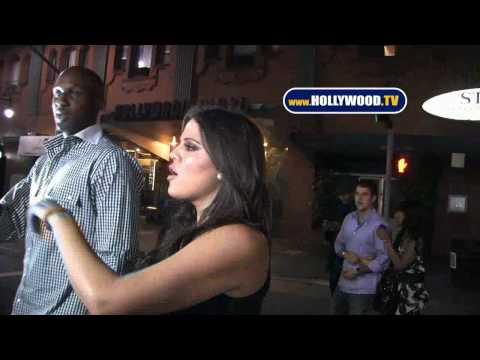Kim Kardashian Secretly Filming Khloe Kardashian's Butt (Full Video)Kaynak: YouTube · Süre: 1 dakika28 saniye