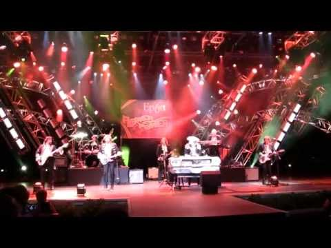 Paul Revere and the Raiders at Epcot 4-6-2014