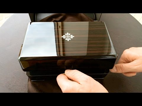 Unboxing - Patek Philippe Nautilus 5990/1A-001