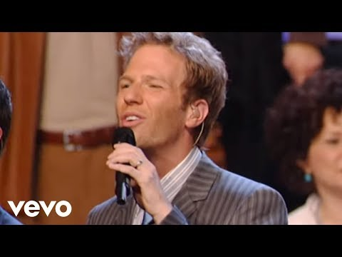 Gaither Vocal Band, African Children's Choir - Love Can Turn the World [Live]