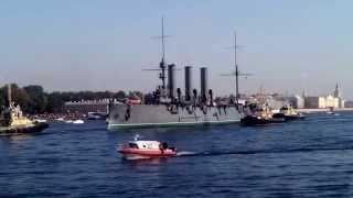 что тебе снится крейсер аврора по неве на ремонт