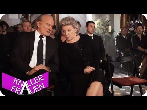 Beerdigung - Knallerfrauen mit Martina Hill | Die 3. Staffel