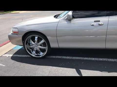 Lincoln Towncar On 24s By Morris Smith