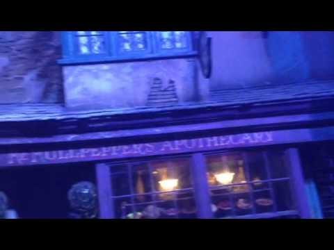 Warner brothers studios - diagon alley