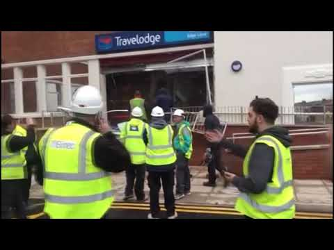The News Junkie - Disgruntled Worker Destroys Travelodge Lobby