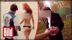 Strippen für Geld - Urin trinken für Rubel - Rüpel in Russland bezahlt Geld (krank / nackt)