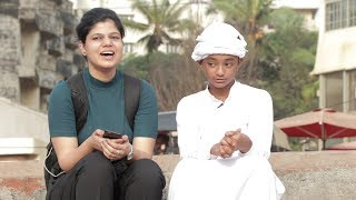 SRK Picking Up Girls Dressed As Jalals   Oye It