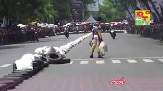 Viral !!! Kericuhan Di Arena Balap Road Race Bondowoso 2017 part 2 sampe di lempar karung