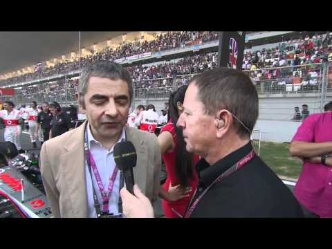 Rowan Atkinson on the grid [BBC] F1 2011 Indian GP