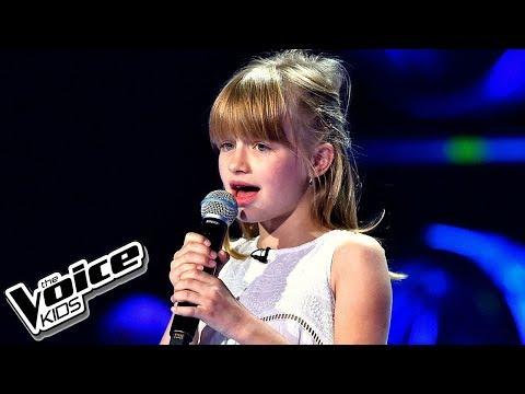 """Gabrysia Piotrowska – """"Kołysanka dla okruszka"""" – Przesłuchania w ciemno – The Voice Kids Poland"""