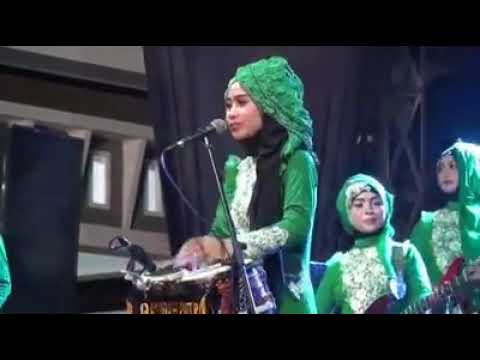 Indonesian female group sing Arab song ....beautiful