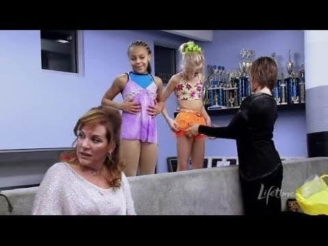 Dance Moms S02E06   Wardrobe Malfunction